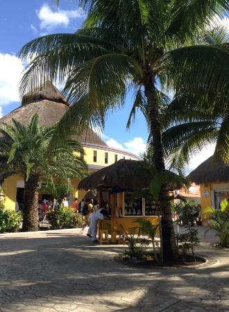 Cafe punta del cielo royal village
