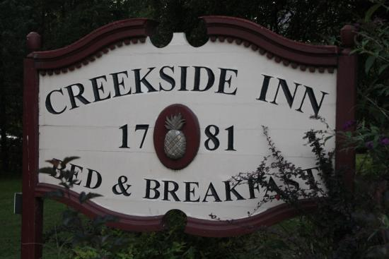 Creekside Inn: The sign is complete with a pineapple the symbol for hospitality and that is most appropriate.