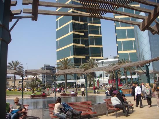 Larcomar picture of shopping center larcomar centro - Centro comercial moda shoping ...