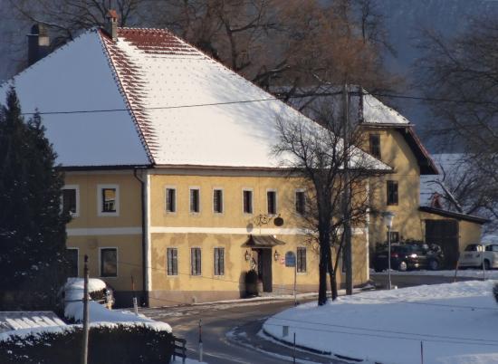 Wirt z' Neuhausen: Wirt z'Neuhausen