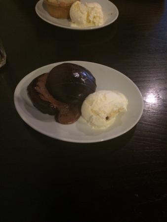 Hogans Cafe Bistro