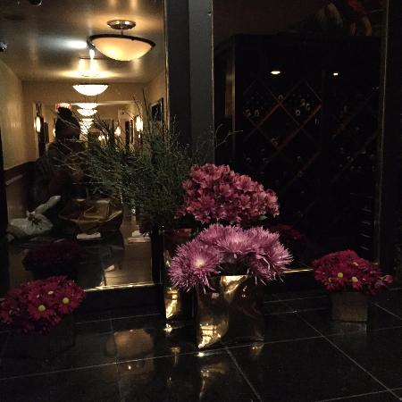 the entrance picture of the signature room at the 95th chicago rh tripadvisor com