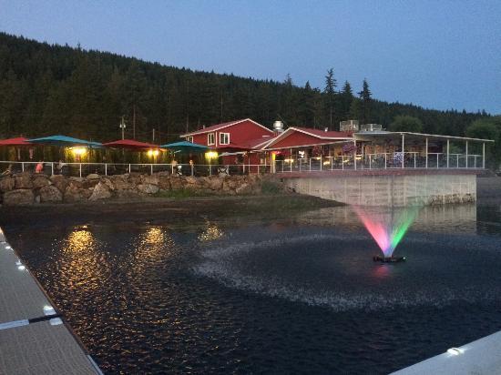 Blind Bay, Canada: Beautiful Evening Dinning
