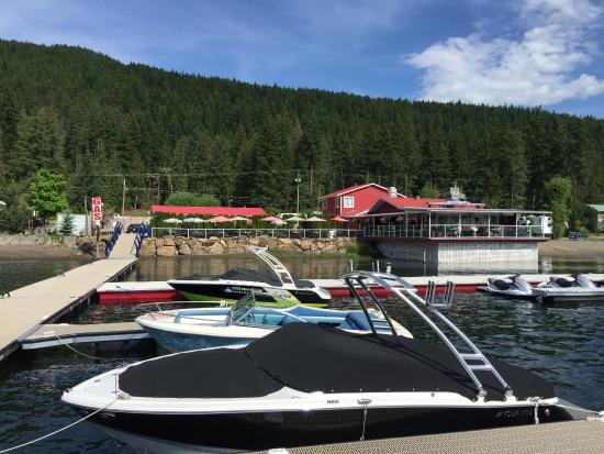 Blind Bay, Canada: New Updated dock-75 Marina slips, gas, restaurant parking