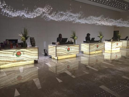 front reservation desk picture of the l a grand hotel downtown rh tripadvisor co uk
