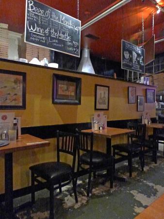 Tomatino's Pizza and Bake Shop Foto
