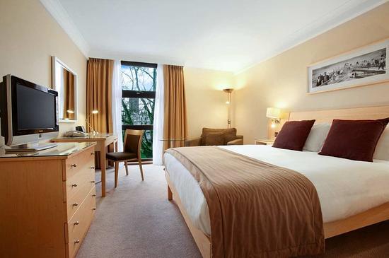 Hilton London Kensington: Hilton Double Guestroom