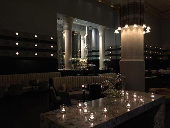 Column Bar: photo0.jpg
