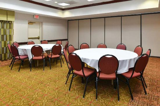 College Park, MD: Meeting Room