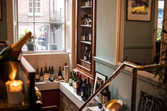 ely wine bar : Going down