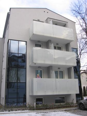 Molo Residence: small balcony for each room