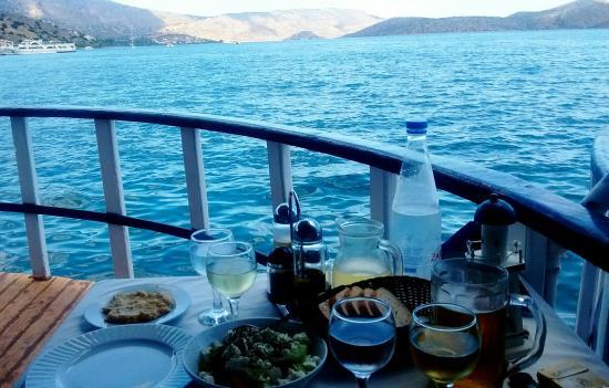 Kalidon The Floating Restaurant