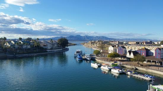 The view from the top of the London Bridge in Lake Havasu City, facing west.