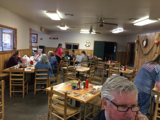 Catfish Hut Deridder Restaurant Reviews Phone Number Photos Tripadvisor
