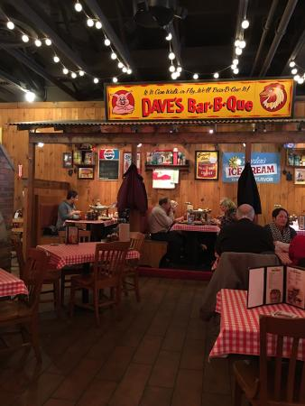 Scarborough, ME: Famous Dave's Barbeque