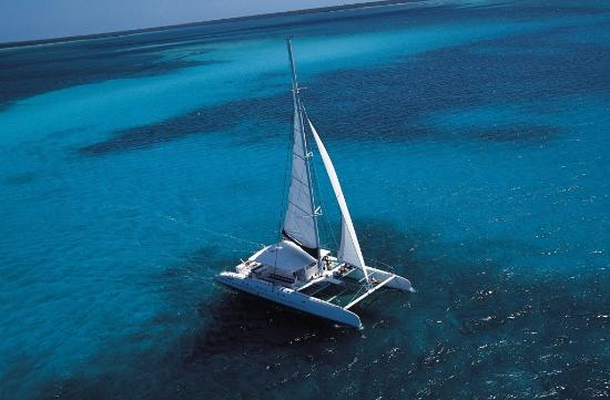 "Sun-Evasion : Our Tahiti 75ft ""Discovery"""