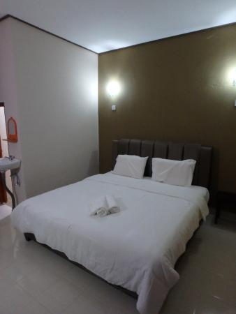 Nas Guesthouse & Backpackers Lodge