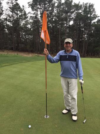 Poppy Hills Golf Course: Birdie putt on #8