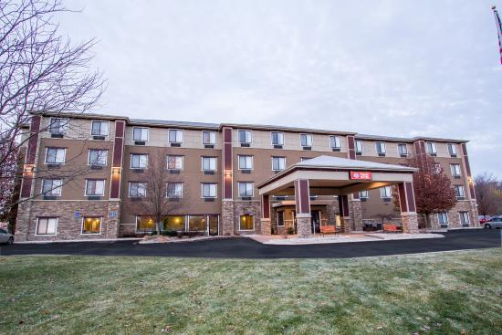 Excellent Hotel Close To White Pine Trail Review Of Comfort Suites Grand Rapids North