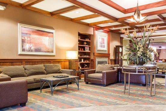 Miaptrm Comstock Park急流城北凱富套房飯店的圖片 Tripadvisor