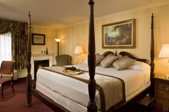 John Carver Inn & Spa : King Room