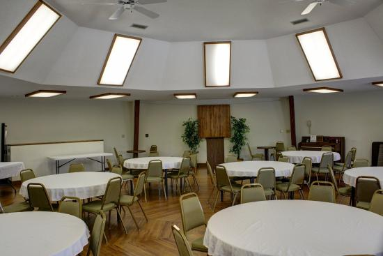 Highland Manor Inn & Conference Center: TNInterior Conference Center L