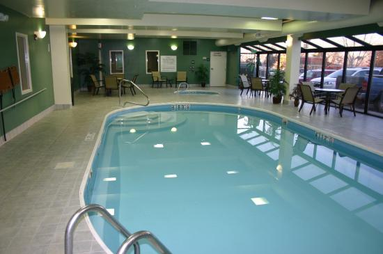 Huber Heights, OH: Swimming Pool