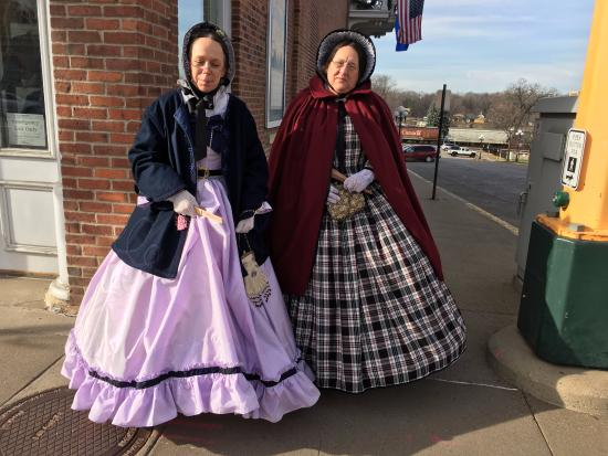 Red Wing, MN: These ladies came for the tea party