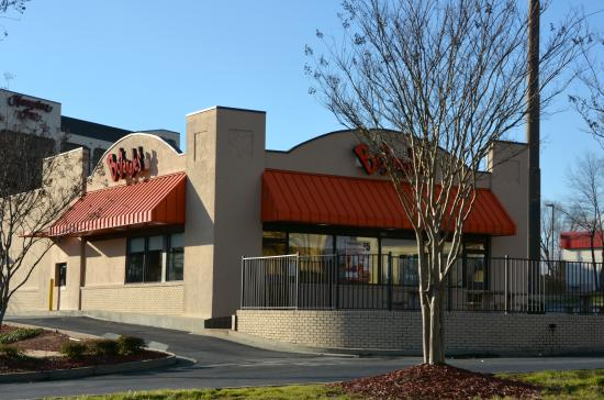 Bojangles 39 concord 1115 copperfield blvd ne for Cheap hotels near charlotte motor speedway