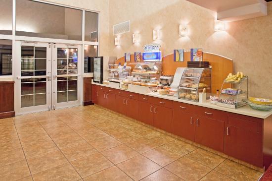 แอนโดเวอร์, แคนซัส: Breakfast Bar