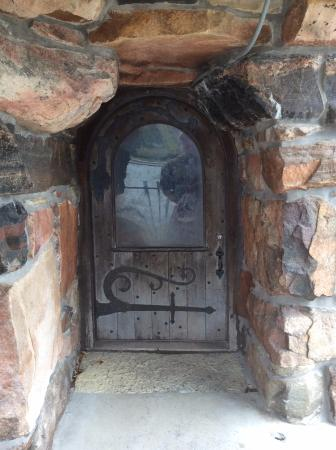 Boldt Castle and Yacht House Faerie Door & Faerie Door - Picture of Boldt Castle and Yacht House Alexandria ...
