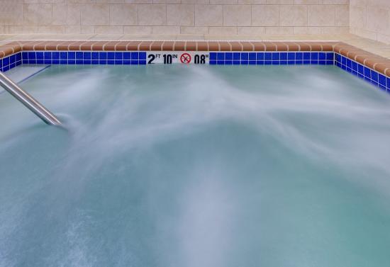 Whirlpool - Holiday Inn Express Jamestown