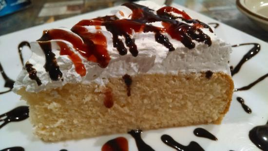 Jefferson, Carolina do Norte: Tres Leches cake...excellent.