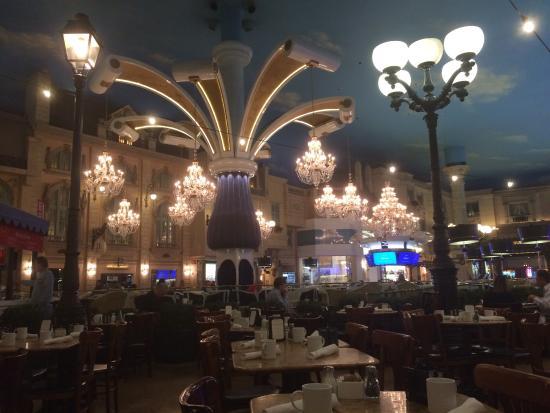 Paris Hotel in Vegas   Paris Hotel Las Vegas Inside