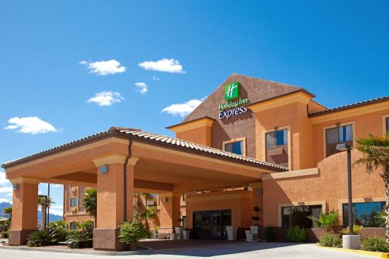 Photo of Holiday Inn Express Hotel & Suites Kingman