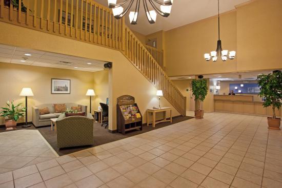 Vermilion, OH: Hotel Lobby