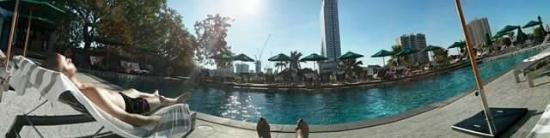 Royal Orchid Sheraton Hotel & Towers: received_10153994167118189_large.jpg