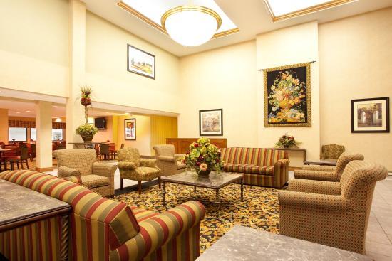 Holiday Inn Express Bourbonnais (Kankakee / Bradley): Hotel Lobby