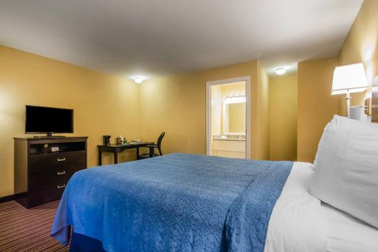 Quechee, VT: Guest Room