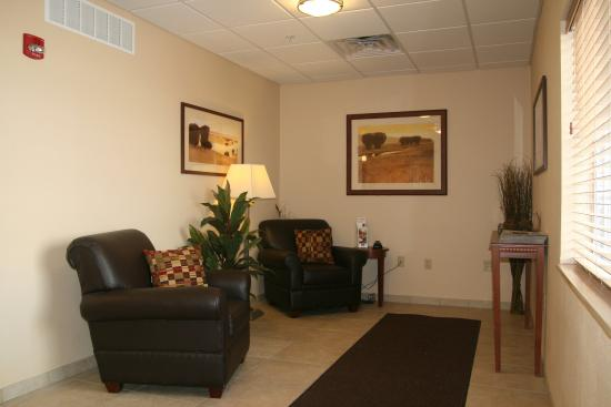 Candlewood Suites Peoria at Grand Prairie: Hotel Lobby