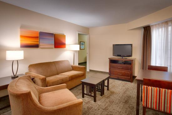 Peoria, IL: Our two room suites will make you feel right at home