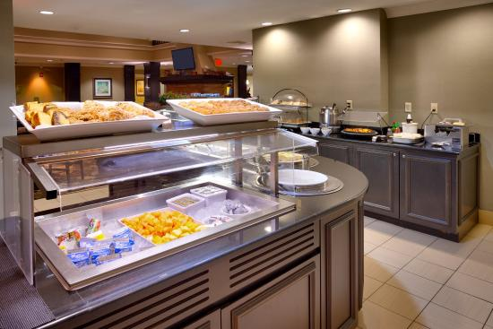 Peoria, IL: Enjoy a substantial breakfast each morning