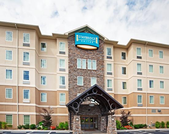 Staybridge Suites Knoxville Oak Ridge: Hotel Exterior