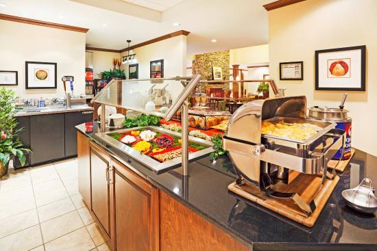 Oak Ridge, TN: Breakfast Bar