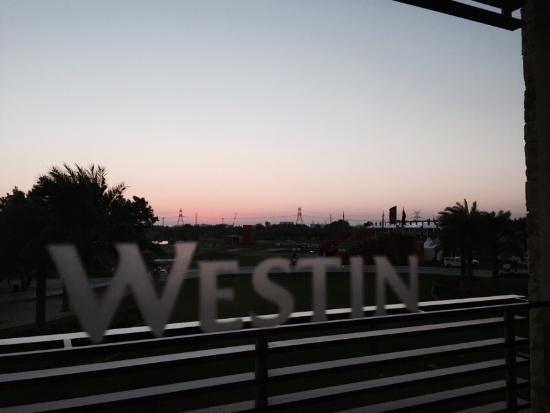 The Westin Abu Dhabi Golf Resort & Spa: Few photos from Westin hotel during AbuDhabi golf championship 2016 :)