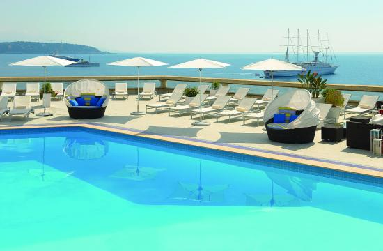 Fairmont Monte Carlo: Heated pool
