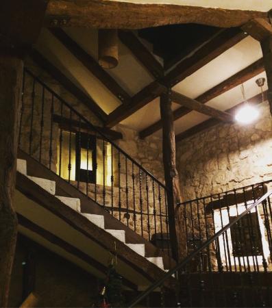 Posada-Cafeteria La Casona de Valbuena : photo0.jpg