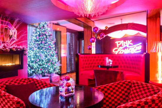 The Ross: Pink Lounge at Christmas