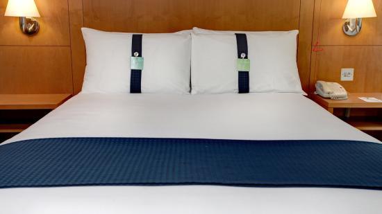 Holiday Inn - Coventry M6, Junction 2: DDA