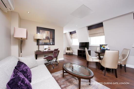 Fraser Suites Queens Gate: One Bedroom Executive Living